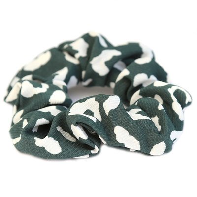Scrunchie green/white leo