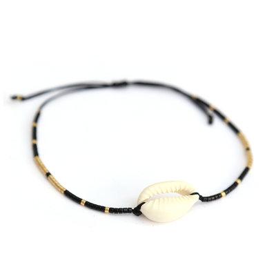 Black shell miyuki armbandje