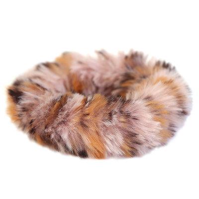 Roze faux fur scrunchie luipaard