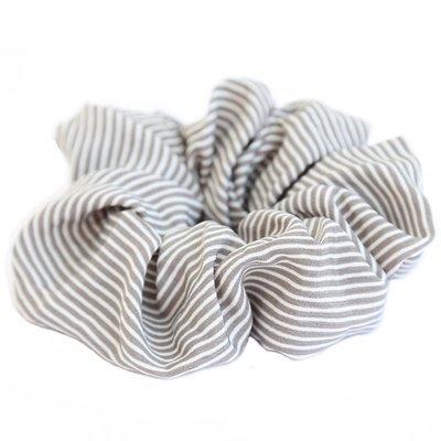 Scrunchie stripe grey