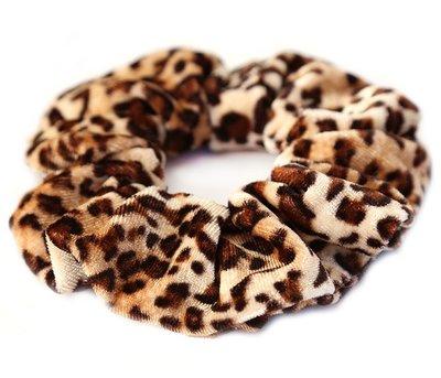 Velvet scrunchie luipaard bruin