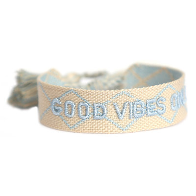 Good vibes only armbandje creme