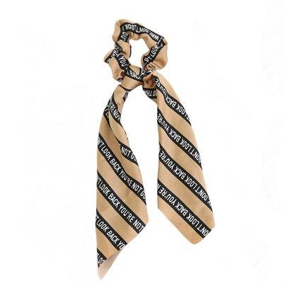 Scrunchie sjaal zijde Look beige