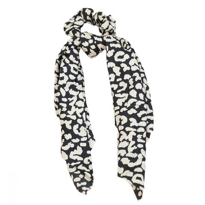 Scrunchie sjaal zijde black/creme