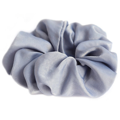 Scrunchie zijde light blue