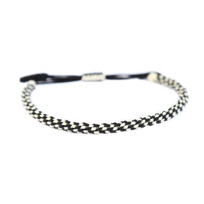 Buddhist bracelet black and white