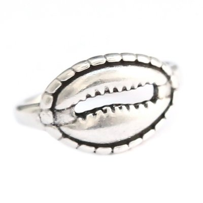 Ring - cowrie shell silver