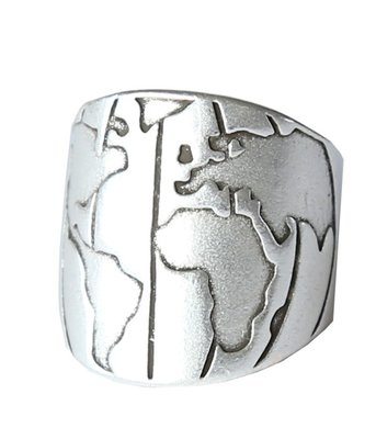 Ring Earth silver