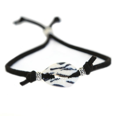 Schelp armbandje zebra zwart