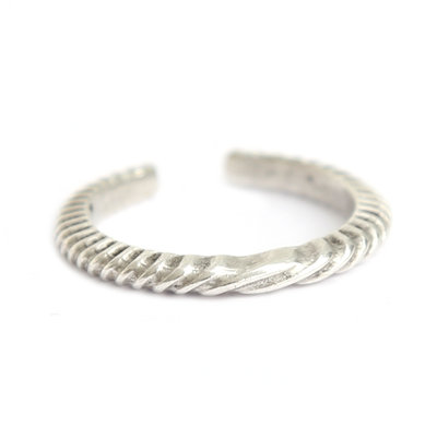 Ring silver pattern
