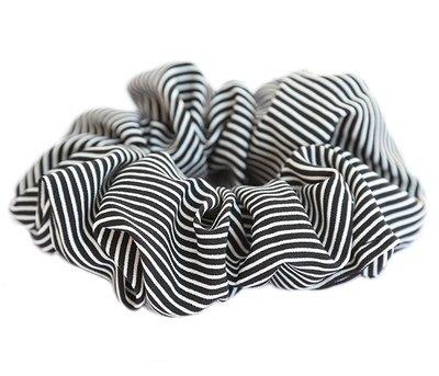 Scrunchie stripe black