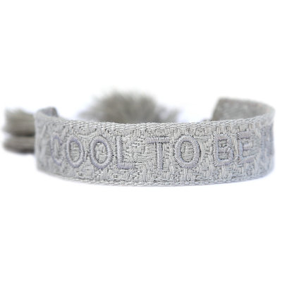 Geweven armband cool to be kind light grey
