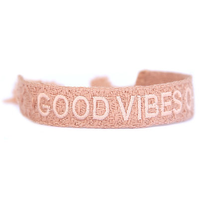 Geweven armband good vibes only nude pink