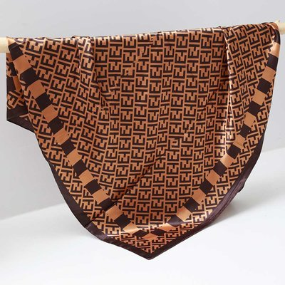 Satijnen bandana sjaal caramel brown