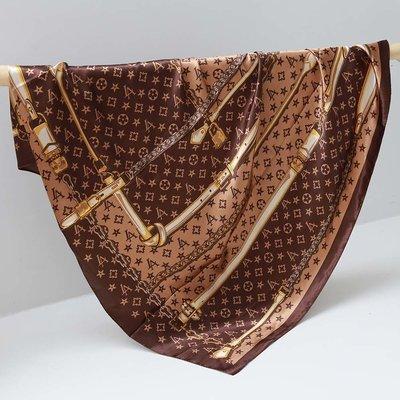 Satijnen bandana sjaal LV chain brown