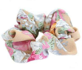 Scrunchie flower